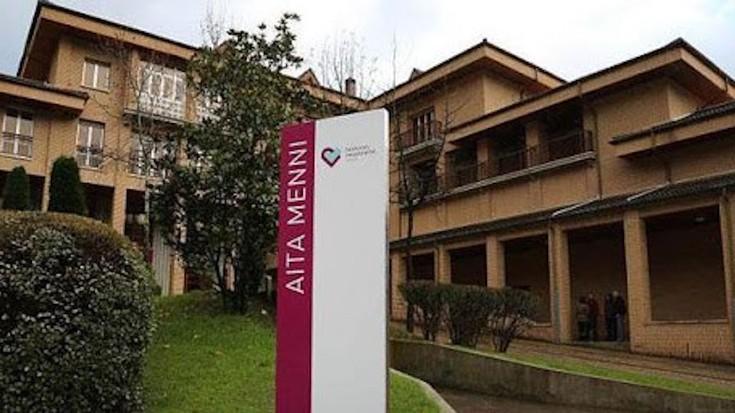 La Palmako sumendiak kaltetutako pertsonentzako produktuen bilketa kanpaina jarri du martxan Aita Mennik