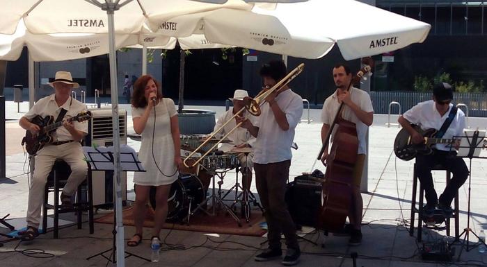 Big Easy Band taldearen emanaldia Sastiñan