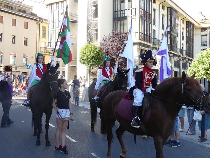 Txikitxoenek San Juan festetan murgildu dute herria - 6