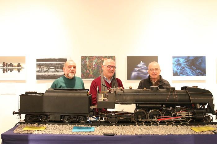 Ikusmina piztu du lokomotorea martxan ikusteak - 2
