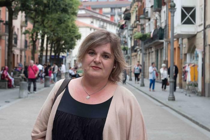 Euskaltzain oso izendatu dute Miriam Urkia aretxabaletarra