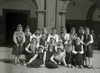 'Dantzariak. 1946. Danzaris'