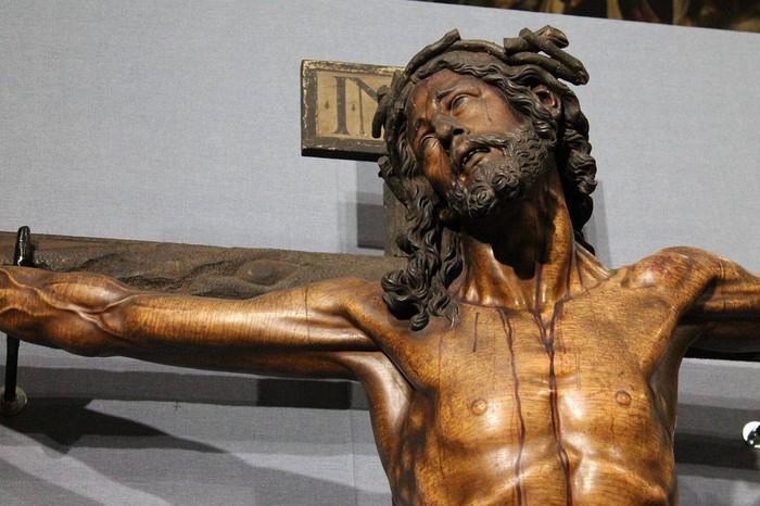Bergarako Santo Kristo Hilzorikoa ikusgai dago Sevillan  - 4