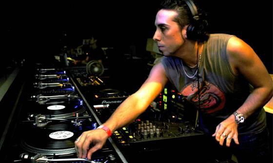 DJ Cristian Varelarekin New Guassen jai itzela bihar