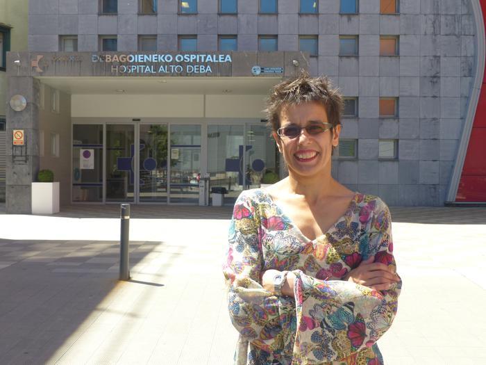 Osakidetzak atzera egin du eta bitartekotasuna eskaini dio Marta Macho anestesistari