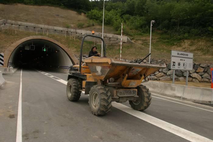 Olandixoko tunela itxita egongo da bihar goizean