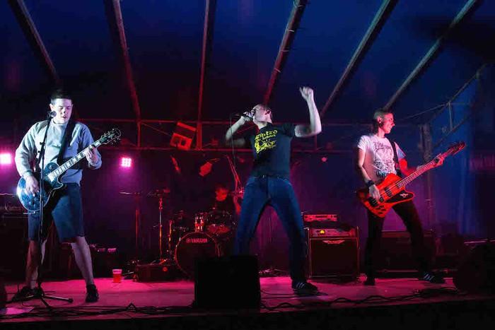 Punk-Oi! estiloko musika nagusi Gatzagan - 7
