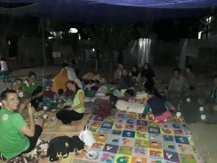 Maite Arantzabal eta bere lagunak Indonesian - 6