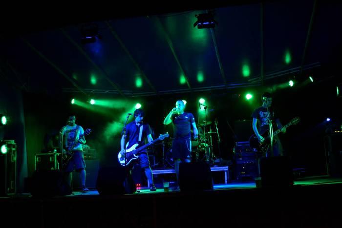 Rock taldeen aldeko apustua Andramaixetan