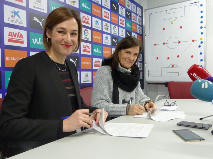 Eibar taldeak Atxabalpen entrenatzen jarraituko du 2021era arte