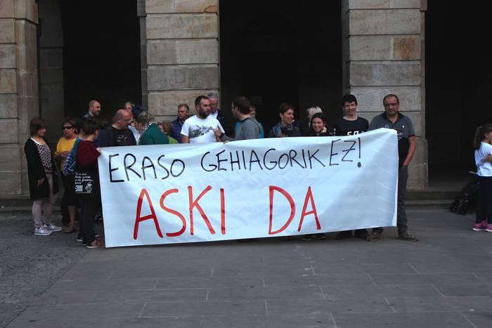 Mikel Antza presoaren kontrako erasoa gaitzetsi dute