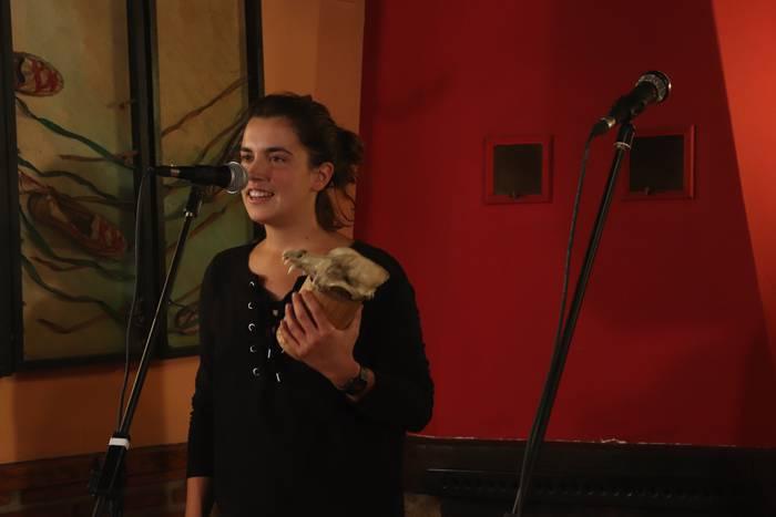 Maider Arregi oñatiarrak irabazi du Aramaioko lehen kopla txapelketa