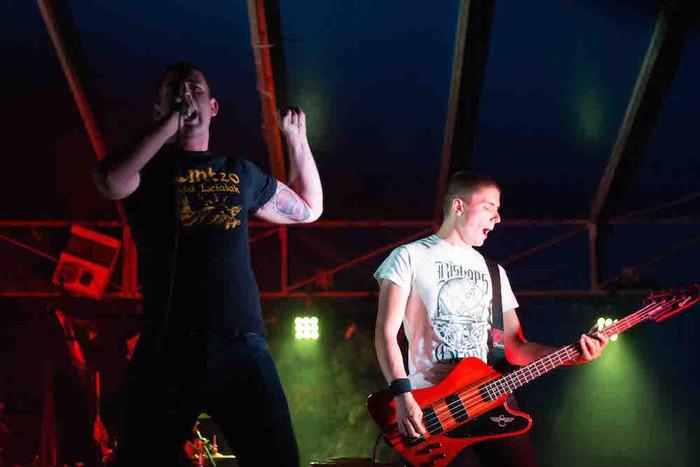 Punk-Oi! estiloko musika nagusi Gatzagan - 13