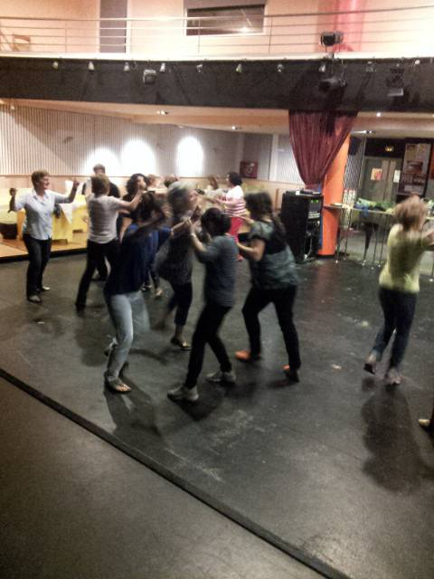 Ze ondo pasa genuen Portugali buruzko dantza-afari