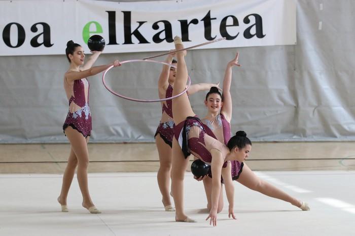 Maila bikaina gimnasia erritmikoko txapelketan - 64