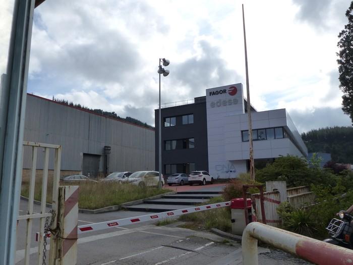 Jarduera industriala Euskal Herrian mantendu gura du Edesak