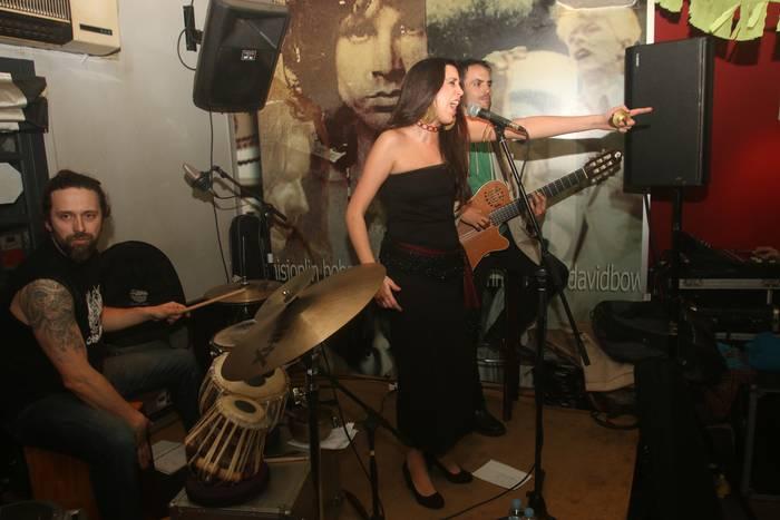 Flamenco doinuak izan ziren Bergarako Etxagi tabernan