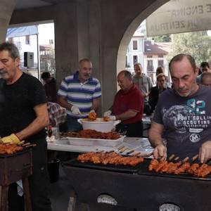 Jatekoak, erostekoak eta ikustekoak, Aretxabaletako Gastronomia eta Folklore Jaian