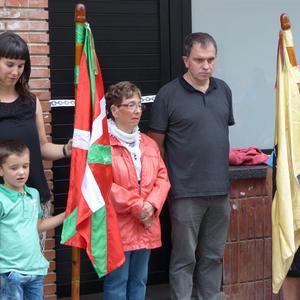 Bazkideek inguratuta inauguratu dute berritutako Urbaltz