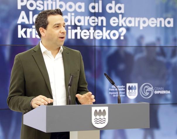 """Imanol Lasa, foru bozeramailea: """"Gipuzkoarren %56,8k uste du lurraldea krisialdia gainditzen ari dela"""""""