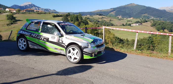 Mattin Villares eta Jon Zozaya nagusi Aramaioko rallysprintean