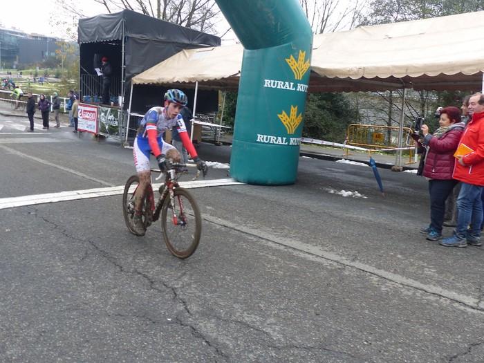Ruiz de Larrinaga eta Lekuona garaile Arrasateko ziklo-krosean - 56