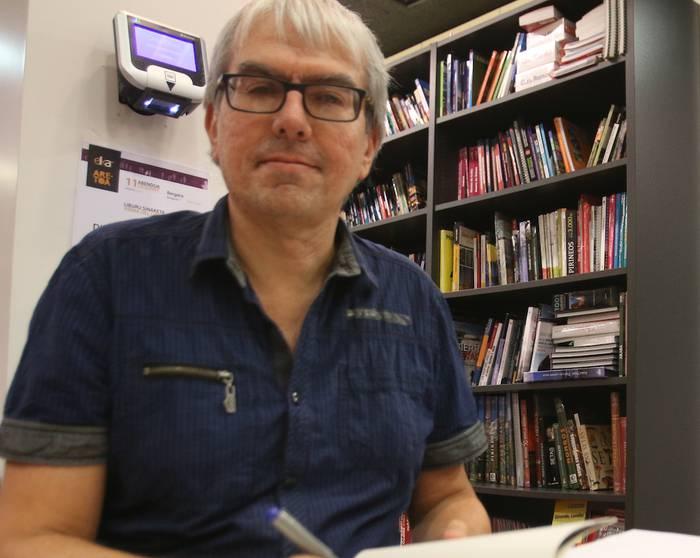 """Daniel Laskurain: """"Habia apurtuekin, naturarekiko dudan kezka azaldu nahi dut"""""""
