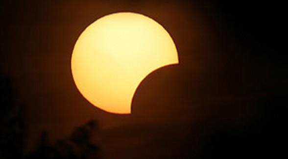 eguzki eklipse partziala bilaketarekin bat datozen irudiak