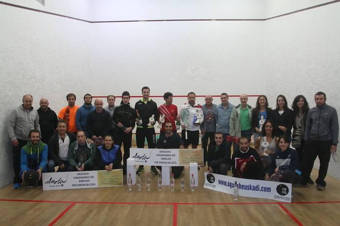 Alberto Ferreiro eta Laura Saez nagusi Euskal Ligako squash txapelketan