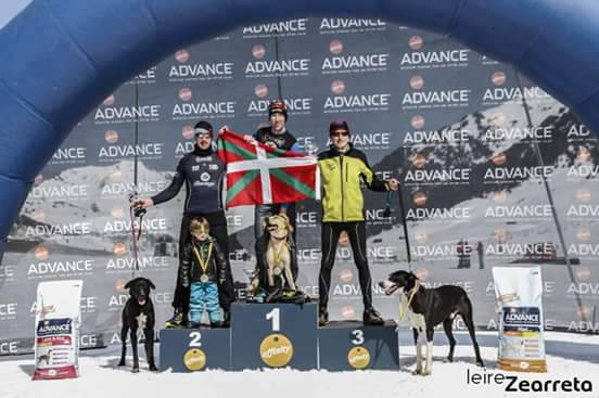 Bergarako Fernando Cobos eta 'Gari' Espainiako hirugarren sailkatu dira elurretako mushing kategorian