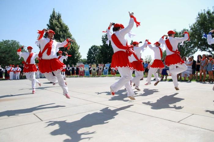 Oñatiko dantzak nobedadeekin dantzatu dituzte Boisen