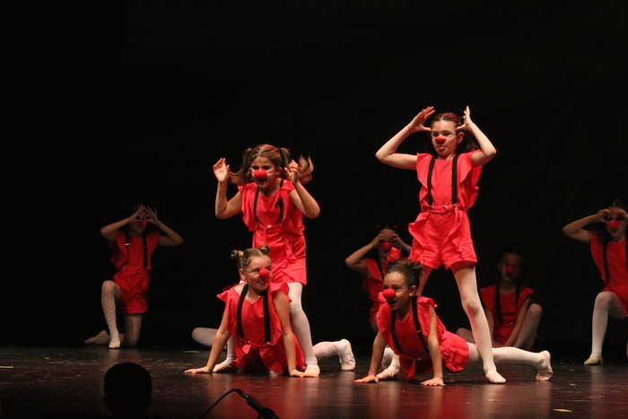 Arrasate Musikalek eta Arrasateko Ballet taldeak ikasturteko ikuskizuna eman zuten atzo - 11