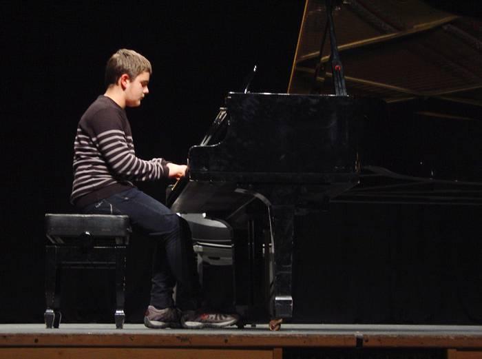 Debagoieneko piano jole gazteak Amaia antzokian izango dira gaur