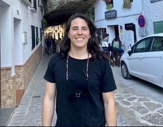 """Oihana Aldai: """"Oso berri pozgarria da nesken futboleko lan hitzarmena sinatu izana"""""""