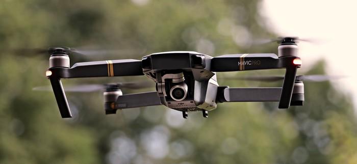 Dronak pilotatzen ikasteko ikastaroa egingo dute Bergarako gaztelekuan