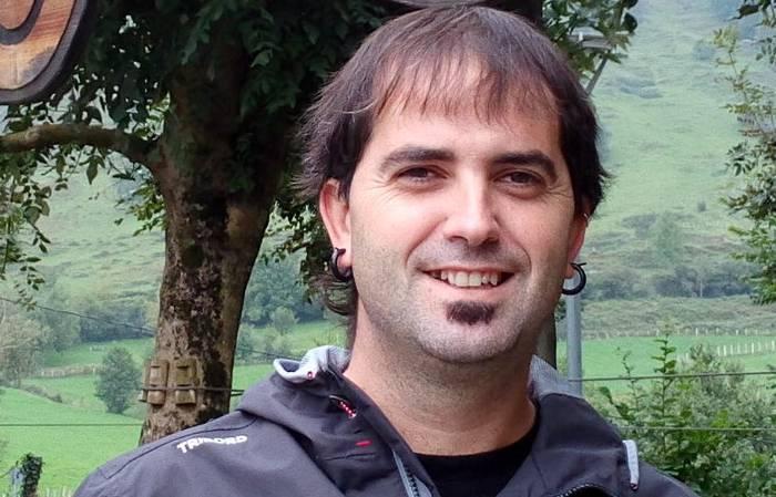 """Pedro Iturbe: """"Lurraldeko sektore publikoa eta ehun industriala indartu nahi dugu"""""""