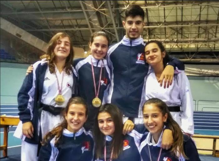 Euskadiko karate txapelketan lan ona egin dute bergararrek