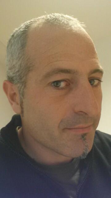 """Asier Ugarte: """"Zaletasun moduan egiten dugu txakolina, etxekoentzat soilik"""""""