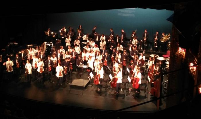 Andoni Moñux Euskadiko Gazte Orkestrarekin