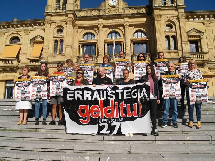 Erraustegia gelditzeko eskatuko dute zapatuan, Donostian egingo den manifestazioan