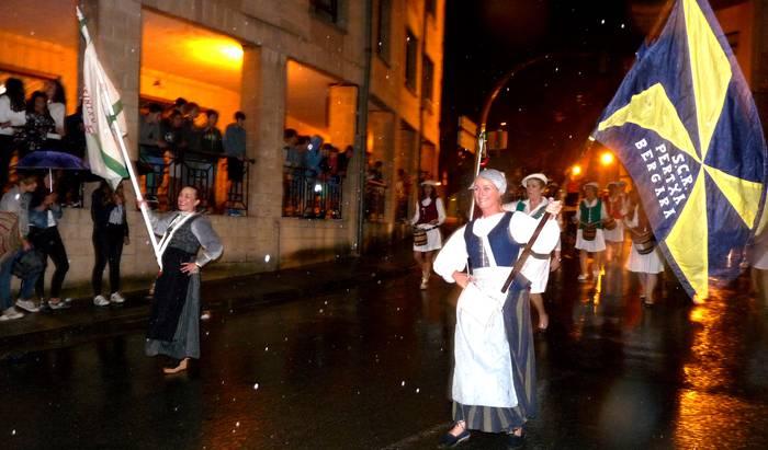 Inoizko danborradarik zaratatsuena espero da San Martin jaietarako