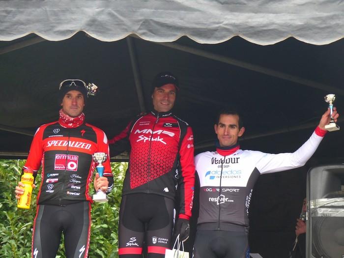 Ruiz de Larrinaga eta Lekuona garaile Arrasateko ziklo-krosean