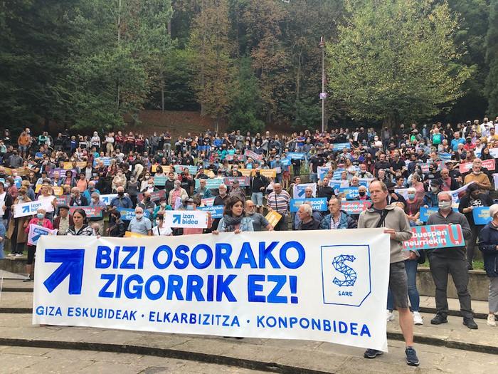 Donostiako manifestaziora joateko autobusa antolatu du Sare Arrasatek