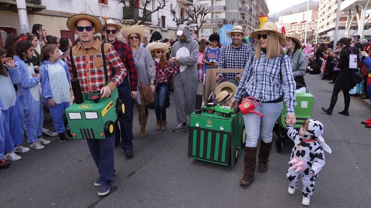 Arrasateko mozorro desfilea