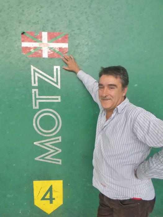 """Alfonso Del Campo, Aramaioko Pilota Elkartea: """"Zaletasuna piztea lortzen badugu etorriko dira emaitzak"""""""
