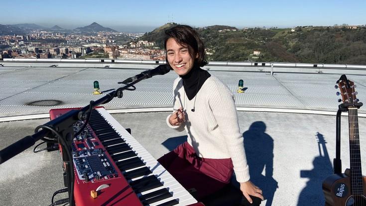 """Idoia Asurmendi (musikaria): """"Sarreren dirua musika eskolari emango diot"""""""