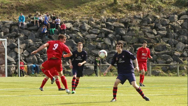 Antzuolaren garaipen garrantzitsua Touringen aurka (1-0)