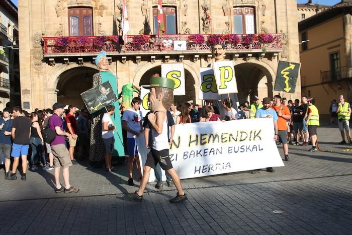Fan Hemendik eguna, argazkitan - 2