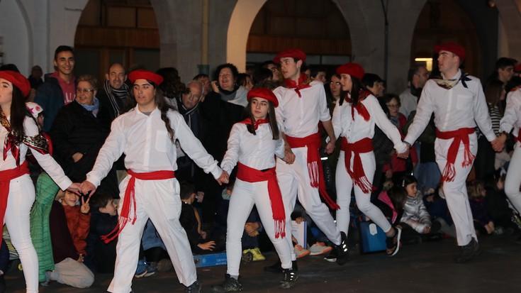 Aretxabaletako kintoen dantzak, Santa Ageda egunean