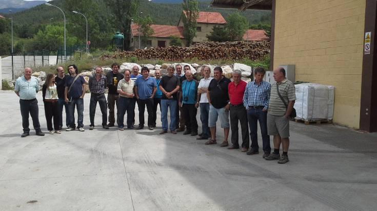 Bisita Aragoira, biomasa instalakuntza bat gertutik ezagutzeko